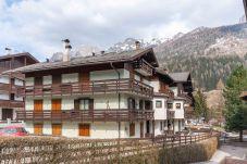Apartment in Moena - Casa Luna